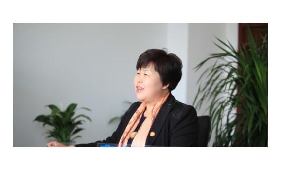 根力多王淑平:创新扶贫机制 推动产业升级